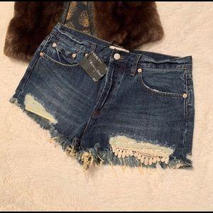 Free People Avery short cut off lace denim shorts